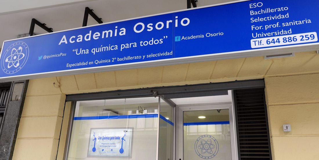 Academia Osorio en Granada. Una Química y unas Matemáticas para todos